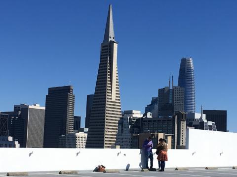 [Photo : 2 des plus célèbres tours de San Francisco : Transamerica et Salesforce Towers]