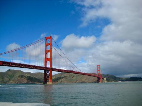 [Photo : Golden Gate Bridge]