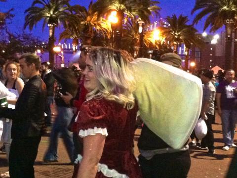 Bataille d'oreillers géants Saint Valentin San Francisco
