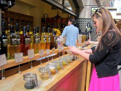 Dégustation d'huile d'olives dans le Ferry Building San Francisco